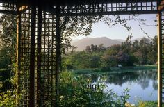 Harpur Garden Images :: grimm35z View, water, pond, lake, beneath, pergola, arch, reflection, mountain, Design: Juan Grimm Argentina Jerry H...