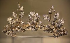 Oak Leaf Tiara 1855, British, Made of diamonds. In the British Museum.