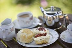 Afternoon tea at Basildon includes homemade scones with cream and jam © David Levenson Tea Blog, Cream Tea, Cupcakes, Crumpets, National Trust, Loose Leaf Tea, High Tea, Afternoon Tea, Tea Time