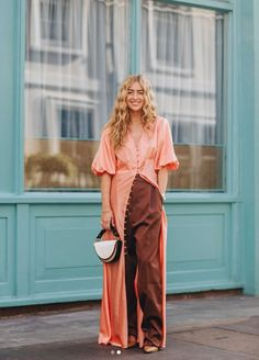 Street style london 448952656604637861 - London Fashion Week: The top street style looks Fast Fashion, Fashion 2020, Fashion Fashion, Fashion Ideas, London Fashion Weeks, Who What Wear, Modest Fashion, Fashion Outfits, Mode Simple