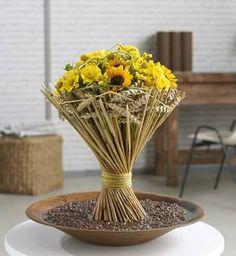 Floristik für die Erntezeit: Spätsommerlicher Garbenstrauß