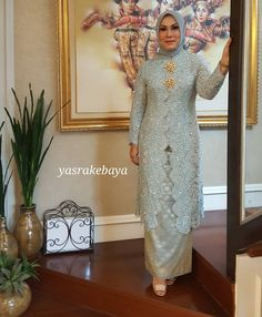 "238 Likes, 11 Comments - yasra (@yasrahayati) on Instagram: ""#yasrakebaya #kebayawedding #kebaya #motherofbride #fashion #instafashion…"""