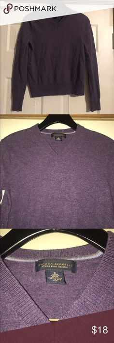 Banana republic purple merino wool small GUC Smoke and pet free home. Bundle discount 20% Banana Republic Sweaters V-Necks