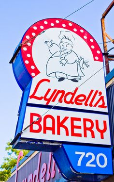 Lyndell's Bakery - DiscoverBallSquare.com