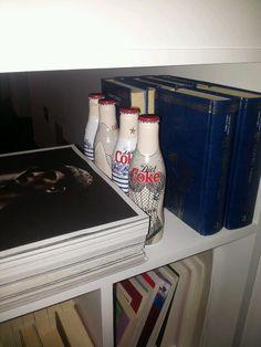 La mia libreria - dettagli #jeanpaulgaultier #dietcoke