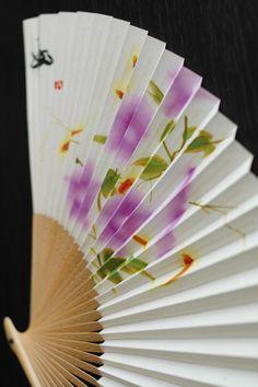 Japanese paper folding fan, Sensu 扇子