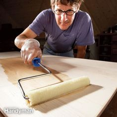 these tips and techniques for applying oil-based polyurethane produce virtually flawless results. they include using a roller, using wipe-on poly and above all controlling dust. Techniques de Travail du Bois How to Get a Smooth Polyurethane Finish Woodworking Shows, Woodworking For Kids, Woodworking Plans, Woodworking Projects, Popular Woodworking, Woodworking Furniture, Unique Woodworking, Woodworking Finishes, Woodworking Techniques