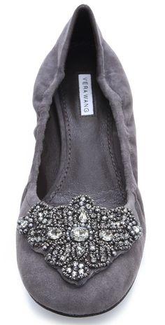 Vera Wang Lavender - Loriana Suede Flats in grey