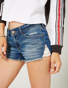 short en jean avec m