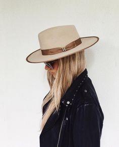 Beige Nuba Hat by Raceu Atelier Wool Felt Fedora Hat - Top-Trends Fedora Outfit, Fedora Hat Women, Fedora Hats, Wool Hat Outfit, Women's Hats, Italian Hat, Mode Statements, Estilo Glamour, Ponytail Beanie