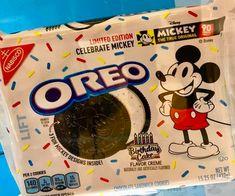 Panini sticker 228-disney 90 años Mickey Mouse
