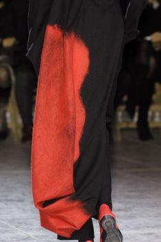 Yohji Yamamoto Fall 2009 - Details