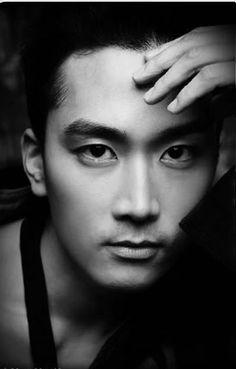 Song Seung Hun keeps getting better Asian Celebrities, Asian Actors, Korean Actors, Korean Dramas, Song Seung Heon, Sung Hyun, Pretty Songs, Master's Sun, Sexy Asian Men