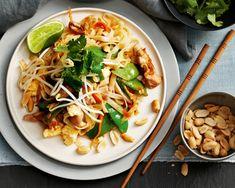 Thajské pražené rezance s kuracím mäsom - Pad Thai (pre 2 osoby) - Ázijské potraviny   Foodland