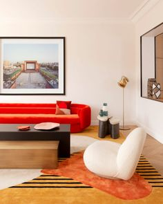 Färgstarkt drömhem i centrala Paris (Elledecoration. House Design, Colorful Apartment, Home And Living, Decor, Interior Design, House Interior, Elle Decor, Interior, Home Decor