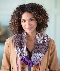 Uniquely You Renaissance Cowl Free Crochet Pattern in Red Heart Yarns