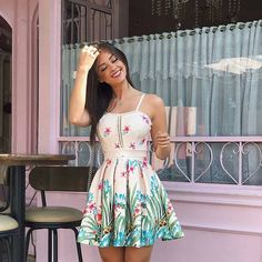 easy healthy breakfast ideas on the good day song Date Outfits, Summer Outfits, Casual Outfits, Summer Dresses, Skirt Fashion, Fashion Dresses, Pinterest Fashion, Pulls, Cute Dresses