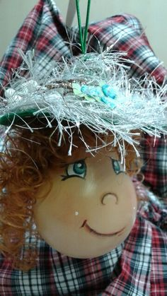 Christmas Wreaths, Christmas Ornaments, Oeuvres, Holiday Decor, Home Decor, Christmas Garlands, Xmas Ornaments, Homemade Home Decor, Holiday Burlap Wreath