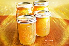 pear apple jam - i made this for my family for Christmas 2011 Pear Recipes, Jelly Recipes, Fruit Recipes, Juice Recipes, Holiday Recipes, Home Canning, Canning Jars, Canning Recipes, Sweets