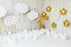 Детский праздник: бело-золотое счастье
