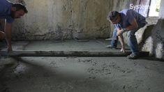 Couler une chape sur un sol en terre : les étapes et les explications du magazine Système D en vidéo.