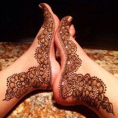 LATEST DESIGNS FOR FEET MEHNDI & HAND MEHNDI | Cute Girl Leg Mehndi, Foot Henna, Hand Mehndi, Mehendi, Henna Designs Feet, Legs Mehndi Design, Henna Tattoo Designs, Dulhan Mehndi Designs, Bridal Mehndi Designs