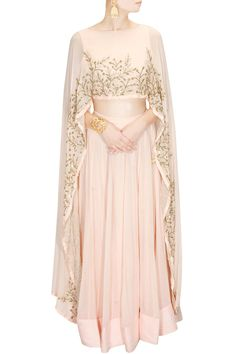 Buy Blush pink embroidered cape lehenga set By Prathyusha Garimella online in India at best price.Prathyusha Garimella presents Blush pink embroidered cape lehenga set available only at Pernia's Pop Muslim Fashion, Modest Fashion, Hijab Fashion, Indian Fashion, Fashion Dresses, Mode Abaya, Mode Hijab, Indian Dresses, Indian Outfits