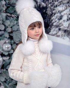 Trendy Crochet Patterns For Girls Hats Winter Baby Knitting Patterns, Baby Hats Knitting, Knitting For Kids, Crochet For Kids, Knitted Hats, Crochet Patterns, Crochet Hats, Crochet Braids, Diy Crafts Knitting