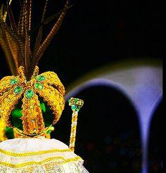 Chega ao fim a festa de Momo em 2015 Agora, vamos iniciar o ano, com muito trabalho se os nossos governantes assim permitir. Boa Sorte Brasil!  #carnaval2015 #carnaval #rei #reimomo #coroa #reino #Brasil #caicodequeiroz #adeus #fimdefesta #cinzas #governantes #política #fé #esperança #corrupção