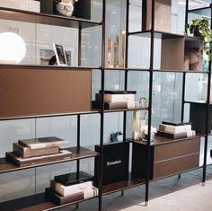 Rimadesio WIND | Design boekenkast, modulair wandmeubel |
