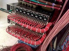 Foto: What kind of neat cables are these? #networking #cabling #datacenter