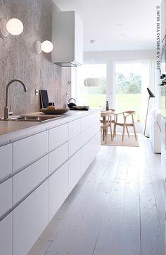 Symmetrische look met mooi uitgelijnde ladefronten (METOD/NODSTA keuken)