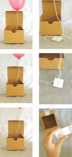 mini balloon invitations! i love it! @Kendra Henseler Henseler Webster cute idea for babies next ballon party! :)