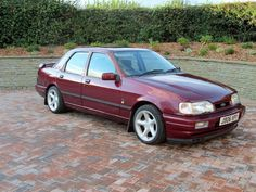 Click the link to see more of this stunning ford sierra sapphire cosworth in very good condition on eBay