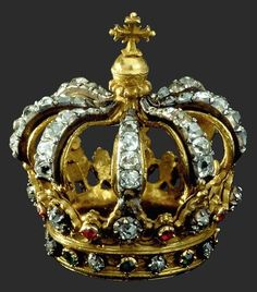 Crown, Portugal, 18th century, gold, silver, diamonds, rubies, emeralds,