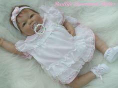 baby doll Reborn Baby Boy Dolls, Reborn Babies, Reborn Nursery, Realistic Dolls, Soap Molds, Custom Dolls, Doll Houses, Newborns, Beautiful Dolls