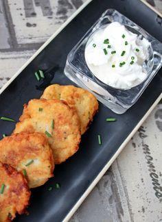 Krumplilángos fokhagymás tejföllel - Főzni jó sütni még jobb