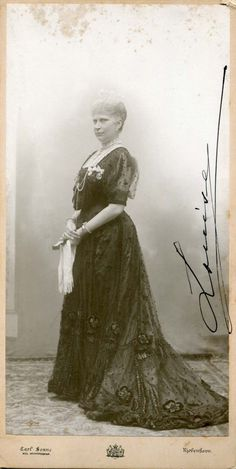 Queen Louise OF Denmark Autographed Cabinet Photo Oldenburg, Denmark Royal Family, Queen Of Sweden, Christian Ix, Swedish Royals, Royal Jewelry, Pictures To Paint, More Photos, Swan