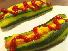 Hot dog de courgette  http://www.signe-deco.org/article-hot-dog-de-courgette-100208341.html