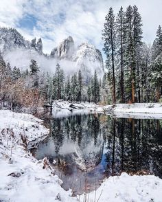 ***Yosemite in winter (California) by Andy Best (@andy_best) on Instagram ❄️c.