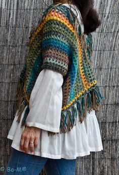 Feito à mão em crochet  fio de lã e acrílico  65
