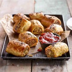KEEN's Curried Chicken & Bacon Pastie Rolls - Curry & chicken wrapped in puff pastry Yum! Lamb Pie Recipes, Chicken Recipes, Snack Recipes, Cooking Recipes, Savoury Recipes, Kitchen Recipes, Quick Snacks, Healthy Snacks, Savory Pastry