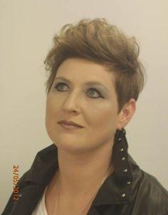 Frisuren Frauen Dunkelblond Helena Blog
