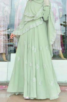 Moslem Fashion, Niqab Fashion, Fashion Dresses, Muslim Women Fashion, Islamic Fashion, Types Of Dresses, Nice Dresses, Muslim Gown, Muslimah Clothing