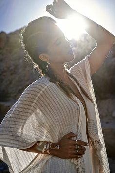 We just love her boho jewelry😍! If you wanna see some really awesome boho jewelry check out our store! Gypsy Style, Boho Gypsy, Hippie Boho, Bohemian Style, Boho Chic, Hippie Jewelry, Desert Photography, Portrait Photography, Fashion Photography
