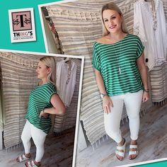 Shirt streep Kleur: groen/wit, blauw/wit & rood/wit One size Draagbaar t/m maat 42 Tregging Kleur: wit & jeans blauw Maat: S t/m XXL Ook verkrijgbaar tregging Kleur: wit Maat: S t/m XXL Treggings, Jeans, Shirts, Tops, Women, Fashion, Moda, Fashion Styles, Dress Shirts