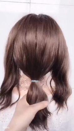 30s Hairstyles, Braided Hairstyles Updo, Easy Hairstyles For Long Hair, Unique Hairstyles, Hair Up Styles, Medium Hair Styles, Balayage Hair Copper, Split Dyed Hair, Edgy Hair