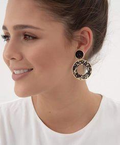 Black Jewelry, Diy Jewelry, Beaded Jewelry, Handmade Jewelry, Jewelry Making, Seed Bead Earrings, Seed Beads, Drop Earrings, I Spy Diy