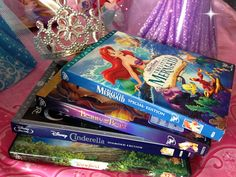 How to DIY a Perfect Disney Princess Party - lots of fun and affordable party ideas! Disney Princess Activities, Disney Princess Party, Princess Birthday, 6th Birthday Parties, Birthday Bash, Birthday Celebration, Birthday Ideas, Cute Baby Shower Ideas, Ocean Party
