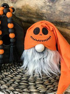 Jack Pumpkin Halloween Gnome – Me&Mama Halloween Socks, Halloween Sewing, Holidays Halloween, Halloween Pumpkins, Halloween Crafts, Halloween Home Decor, Halloween Decorations, Halloween 2013, Halloween Ideas